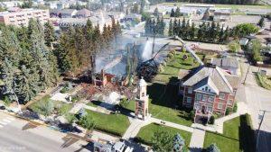 962009 570 300x169 - آتش زدن کلیساهای کاتولیک در کانادا