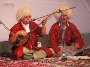 Bagshylar TurkmensNews 12 300x225 - مزد هنرمندان را چگونه تحلیل کنیم؟