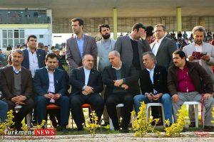 Bazdid TurkmensNews 13 300x200 - بازدید وزیر ورزش و جوانان از مسابقات سوارکاری کشور در گنبدکاووس+تصاویر