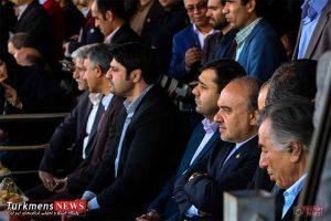 Bazdid TurkmensNews 4 300x200 - بازدید وزیر ورزش و جوانان از مسابقات سوارکاری کشور در گنبدکاووس+تصاویر