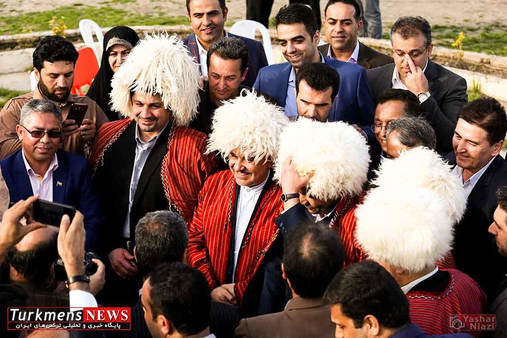 بازدید مسعود سلطانی وزیر ورزش از اسبدوانی گنبد کاووس
