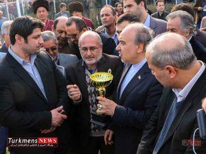 Bazdid TurkmensNews 8 300x225 - بازدید وزیر ورزش و جوانان از مسابقات سوارکاری کشور در گنبدکاووس+تصاویر
