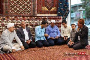 Farsh Turkmen Saadat TN 1 300x200 - نمایشگاه دائمی؛ تولیدی و فروشگاه فرش دستباف ترکمن سعادت