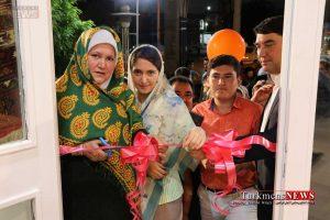 Farsh Turkmen Saadat TN 17 300x200 - نمایشگاه دائمی؛ تولیدی و فروشگاه فرش دستباف ترکمن سعادت