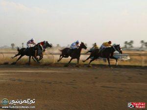 Hafteye Dovom 5 300x225 - گزارش تصویری هفته دوم مسابقات اسبدوانی بهاره گنبدکاووس