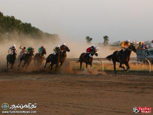 Hafteye Dovom 8 300x225 - گزارش تصویری هفته دوم مسابقات اسبدوانی بهاره گنبدکاووس