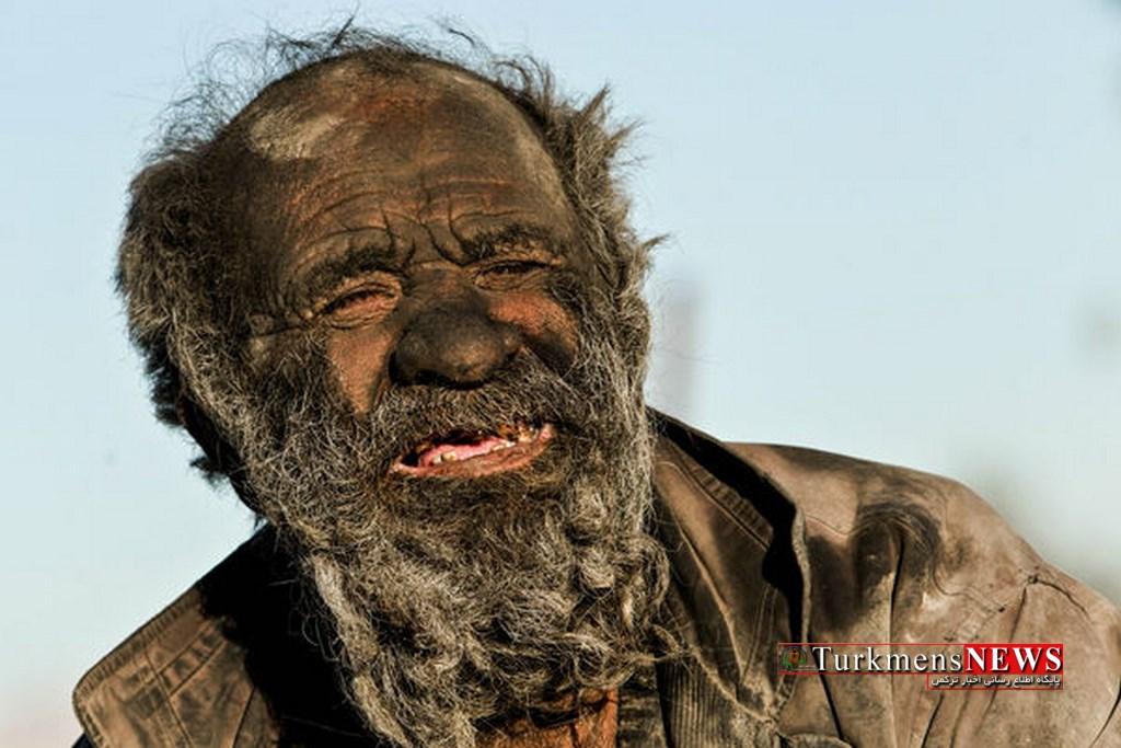 Hamam 4 2 - داستان عجیب پیرمرد ۸۰ ساله ایرانی که ۶۰ سال از آخرین حمام او میگذرد+ تصاویر