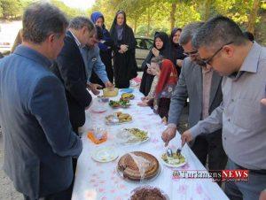 Jashnvare Ghaza 18 Sh 1 300x226 - جشنواره غذاهای سنتی و صنایعدستی در گالیکش برگزار شد + تصاویر