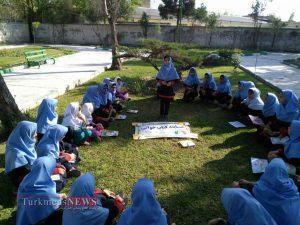 Ketabkhani 22F 4 300x225 - برگزاری مسابقه کتابخوانی به مناسبت سالروز شهادت  هنرمند انقلابی شهید آوینی+تصاویر