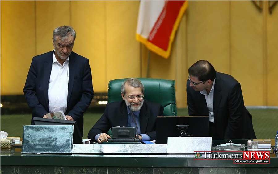 Larijani 11Kh - فقط لاریجانی میتواند فضای چندقطبی مجلس را اداره کند