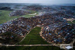 Mianmar 1 18Az 300x200 - فیسبوک و درگیری با جهانی که خود خلق کرده است