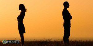 Rabete Atefi 2B 300x150 - اشتباهات رایجی که رابطه عاطفی شما را به خطر می اندازد