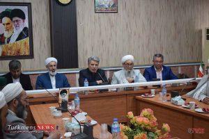 Rohaniun TurkmensNews 1 300x200 - روحانیون هدایتگران و رهبران دینی جامعه هستند