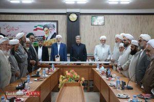 Rohaniun TurkmensNews 7 300x200 - روحانیون هدایتگران و رهبران دینی جامعه هستند