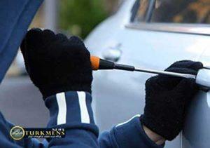Saregh 4A 300x211 - دستگیری سارق لوازم داخلی خودرو در گنبدکاووس