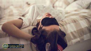 Sleep 9Az 1 300x169 - ترفندهای خوابیدن: ۵ راهکار هوشمندانه برای زمانی که خوابتان نمیبرد