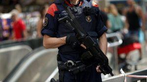 Spanish 8 Mehr 300x168 - پلیس اسپانیا ۱۳۰۰ حوزه رایگیری در کاتالونیا را مهر و موم کرد