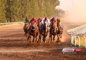 TN 6 2 300x211 - مسابقات اسبدوانی پاییز، زمستان و بهار 1400 گنبدکاووس به خط پایان رسید+عکس
