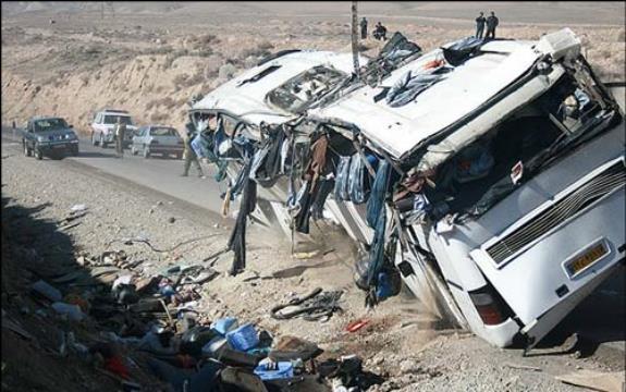 Tasadof 16 Sh - تصادف اتوبوس با کامیون در محور بجنورد- جنگل گلستان