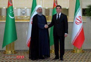 Turkmenistan Iran 7F 300x205 - تهران و عشقآباد ۱۳ سند و یادداشت تفاهم همکاری امضا کردند
