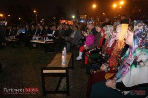 TurkmensNews Yadvareh 30 300x200 - یادواره پدر فرش ترکمن استاد نیاز محمد نیازی در جوار گنبدقابوس برگزار شد+تصاویر