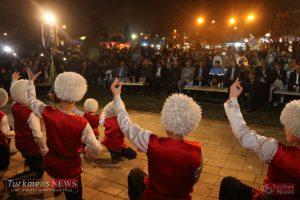 TurkmensNews Yadvareh 62 300x200 - یادواره پدر فرش ترکمن استاد نیاز محمد نیازی در جوار گنبدقابوس برگزار شد+تصاویر