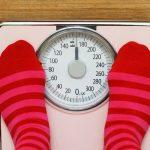 Vazn 4B 150x150 - پنج دلیل روانشناختی برای آنکه با وجود رژیم و ورزش وزن کم نمیکنیم