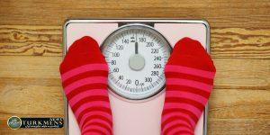 Vazn 4B 300x150 - پنج دلیل روانشناختی برای آنکه با وجود رژیم و ورزش وزن کم نمیکنیم