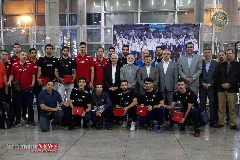 Volleyball 12S - تاریخ سازان والیبال ایران به میهن بازگشتند