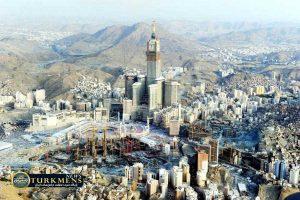abraj al bait 54 300x200 - بزرگترین هتل جهان در شهر مقدس «مکه» افتتاح میشود