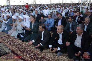 aid kalale 11 300x200 - وزیر راه و شهر سازی در نماز عید فطر کلاله شرکت کرد+تصاویر