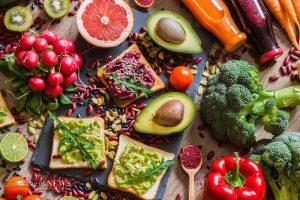 collard green wraps 11S 2 1 300x200 - رژیم غذایی گیاهخواری چه تغییراتی در بدن ایجاد میکند؟