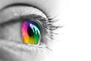 colorEye w1200 300x200 - چرا انسان خواب میبیند و چطور از ذهن خود محافظت میکند؟