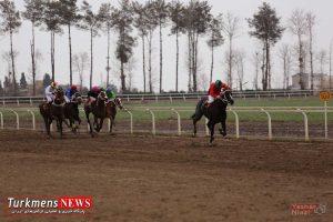 dorchaharom 27b 300x200 - هفته بیست و هشتم رقابتهای اسبدوانی کورس زمستان ۹۶ گنبدکاووس برگزار شد+عکس