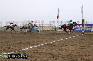 dore 2 300x198 - هفته بیست و یکم رقابتهای اسبدوانی کورس زمستان 96 گنبدکاووس برگزار شد+عکس