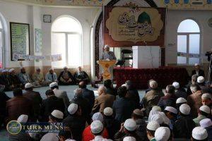 emam 13az 300x200 - بر همه امت اسلام لازم است تا پیرو دستورات قرآن و سیره پیامبر (ص) باشند