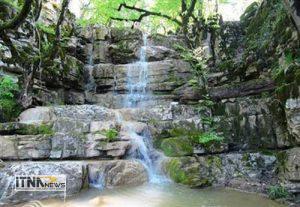 farsian 15m 300x207 - آبشار فارسیان گلستان درفهرست ملی میراث طبیعی ثبت شد