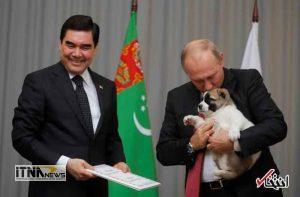 hedie5 19m 300x197 - رییس جمهور ترکمنستان به پوتین سگ هدیه داد +عکس