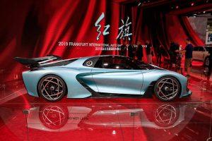 hongqi s9 selling for 10 million yuan 6 300x200 - گرانترین خودرو چینی جهان معرفی شد