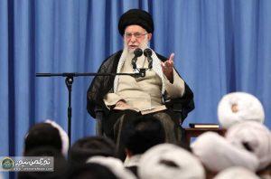 khamenei 300x198 - beýik liderimiz: Amerika bilen hiç bir derejede gepleşik geçirilmez