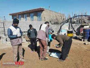 klinikturkmensnews 17e 300x225 - استقرار کلینیک سیار دامپزشکی در روستای مرزی کرند