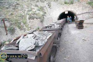 madan 13az 300x200 - تعطیلی معدن زغال سنگ مینودشت به علت ایمنی پایین