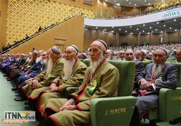 majles4 17m - اجلاس ریش سفیدان ترکمنستان آغاز شد+ تصاویر