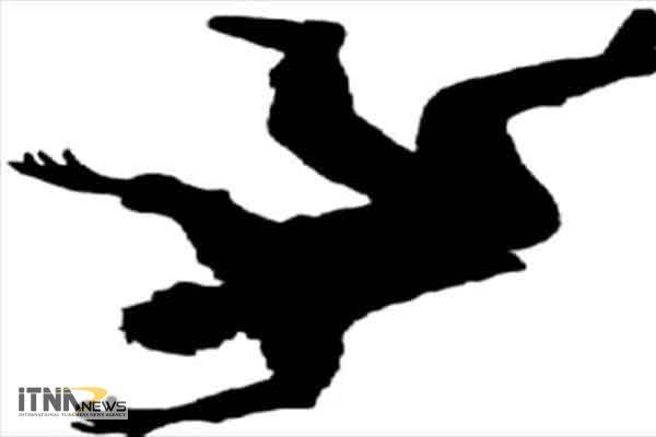 marg 18m - سقوط مرگبار مرد 55 ساله از پشت بام