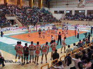 "mvalibal2 300x225 - ""تیم ایرانیان"" گنبد کاووس مسابقات لیگ برتر والیبال را با برد 3 بر 1 آغاز کرد+تصاویر"