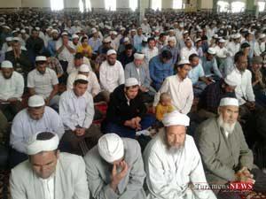 namaz 19e 300x225 - همگرایی و هم افزائی بهترین راه کسب عزت و سیادت امت اسلامی است