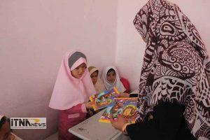 photo 2017 10 13 18 26 46 300x200 - بیش از 30 جلد کتاب کودکان توسط هنگ مرزی اترک اهدا شد+تصاویر