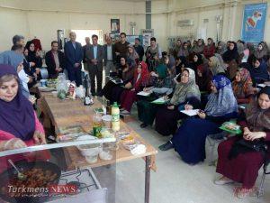 photo 2018 03 07 10 39 04 300x225 - جشنواره طبخ آبزیان در بندرترکمن برگزار شد+تصاویر
