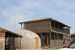 q10 300x200 - استقبال گردشگران نوروزی از اقامتگاه های سنتی گمیشان+تصاویر