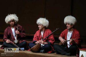 sadat2 24m 300x200 - خواسته فعالان موسیقی ترکمن امکان اجرای زنده است